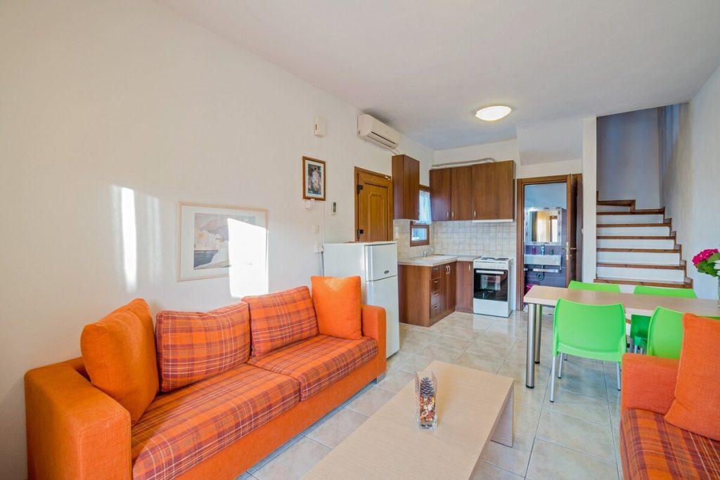 Akrathos_Family_Apartments_Halikidiki (1)